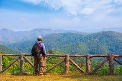 Принимать дыхание пейзажа природы стоковая фотография