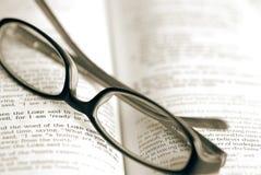 Принимать пролом чтения стоковое фото