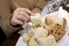 принимать хлеба Стоковые Изображения RF