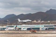 Принимать цитации III Цессны 650 от авиапорта юга Тенерифе Стоковая Фотография