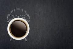принимать человека принципиальной схемы кофе пролома Стоковое Изображение