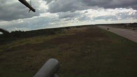 Принимающ видео от доски вертолет сток-видео