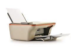 Принтер компьютера на белизне стоковые фото