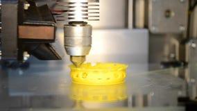 принтер 3d лить горячую пластмассу от модели печати сопла