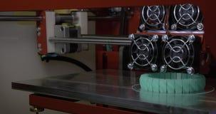 принтер 3D работая на браслете женщин печатания