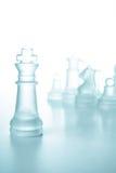 Принципиальная схема успеха и водительства, стеклянный король шахмат Стоковые Изображения RF