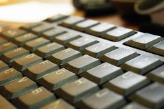 принципиальная схема компьютера входит interrrogation ключевой вопрос о клавиатуры заменяет желтый цвет Стоковые Фото