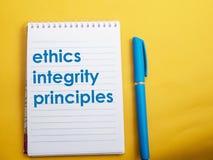 Принципы целостности этик, концепция цитат слов дела стоковое изображение