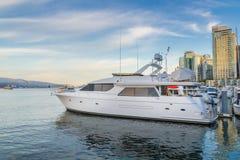 Припаркованное фото яхты Стоковое Фото