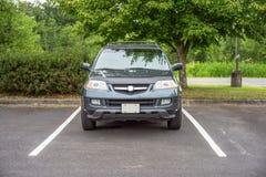 Припаркованное Acura MDX стоковые изображения rf