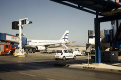 Припаркованные плоскости на авиапорте Стоковые Фотографии RF