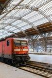 Припаркованный поезд в станция Лейпциге, Германии Стоковые Изображения