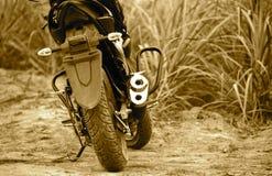 Припаркованный фотоснимок объекта мотоцилк стоковое изображение rf