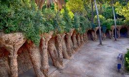 Припаркуйте Guell архитектором Antoni Gaudi в Барселоне стоковая фотография
