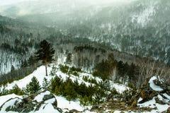 Природа земли, зима гор ландшафта Стоковое фото RF