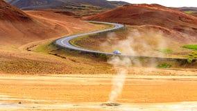 Природа Исландии - Hverir вулканическая зона стоковая фотография rf