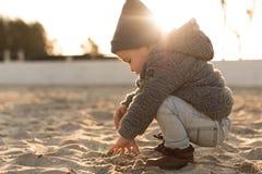 Природа малыша исследуя Стоковое Фото