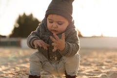 Природа малыша исследуя Стоковые Изображения