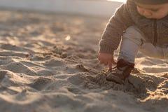 Природа малыша исследуя Стоковые Фото