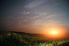 Природа восхода солнца света предпосылки звезды неба захода солнца для дизайна Стоковая Фотография