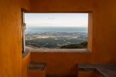 Природа оранжевого окна обозревая Стоковое Изображение