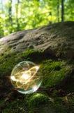 Природа хрустального шара атома Стоковая Фотография RF