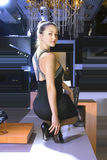 приспосабливает новую женщину ботинок Стоковая Фотография RF
