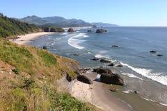 приставает свободный полет к берегу северо-западный Орегон pacific скал Стоковые Изображения RF