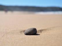 Приставанный к берегу камень стоковые изображения rf