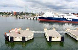 Пристани посадки в порте Klaipeda, Литвы стоковое фото