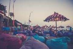 Пристаньте бар и resto к берегу в Legian, Бали стоковые фото