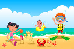 пристаньте детей к берегу Стоковое фото RF