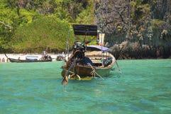 Пристаньте залива к берегу Майя на острове Phi Phi Стоковые Фотографии RF