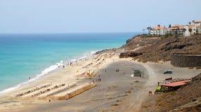 Пристаньте к берегу в курорте Playa de Esquinzo, Фуэртевентуры, Канарских островов, Испании стоковые изображения