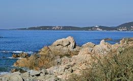 Пристаньте к берегу вдоль побережья Olmeto, около Propriano, южная Корсика Стоковая Фотография