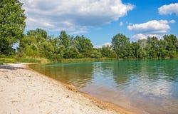 Пристаньте к берегу на des Mouettes Bassin озера, Франции Стоковые Изображения