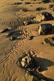 Пристаньте утесы к берегу берега и зашкурьте картины в Baja, Мексике Стоковые Изображения RF