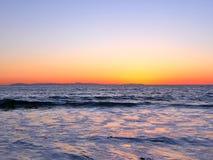 Пристаньте фотографию к берегу ландшафта, на побережье Сан-Диего южной Калифорнии, кристаллическая бухта, Санта-Барбара, острова  Стоковые Изображения