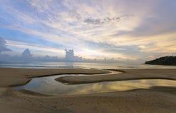пристаньте karon к берегу phuket Таиланд Стоковые Фотографии RF