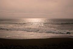 пристаньте monnlit к берегу Стоковое Фото