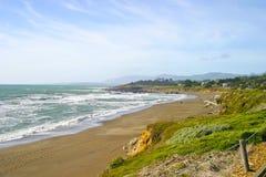 пристаньте moonstone к берегу cambria california Стоковое Фото