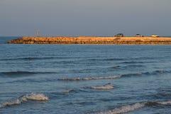 Пристань во время восхода солнца, Средиземное море Donnalucata, Scicli, Рагуза, Сицилия, Италия, Европа стоковое фото