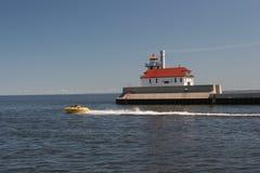 пристань маяка duluth южная стоковое изображение rf
