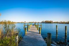 Пристань на парке пункта Меррита, в Dundalk, Мэриленд Стоковые Фотографии RF
