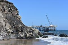 Пристань Carpinteria Калифорния масла Шеврона, 2 стоковое изображение