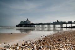 пристань eastbourne стоковая фотография rf