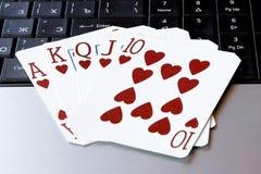 Приток покера казино интернета королевский чешет сердца комбинации Стоковая Фотография RF