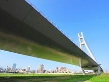 притяжка моста стоковое фото