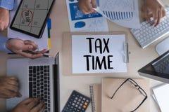 Приурочьте для обложения Busi финансового учета денег планирования налогов Стоковое Изображение RF