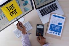 Приурочьте для обложения Busi финансового учета денег планирования налогов Стоковое Изображение